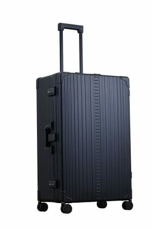 30-inch-in-size-luggage-in-black-spinner-trunk-style-with-grament-bag-3028